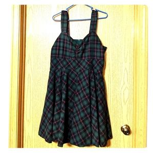 Modcloth 1X green blue red plaid dress